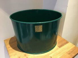 Large Oval Planter No handles (Powder coated green)