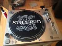 Stanton profecinal turntables