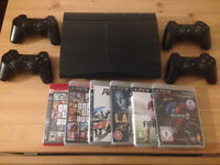 PS3 500gb console + 4 controllers