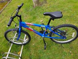 KIDS BIKE FOR £40 NO OFFERS 5YERS OLD AND 7 YEARS OLD