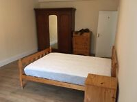 Spacious 4 Double Bedroom Ground floor flat in Central Gloucester, Newly Furnished, Great Location!
