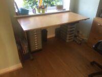 Large solid desk - 150cm x 75cm