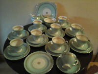 ROYAL TUSCAN VINTAGE CHINA TEA SET.10 PLACE SETTING, VGC NO CHIPS ETC