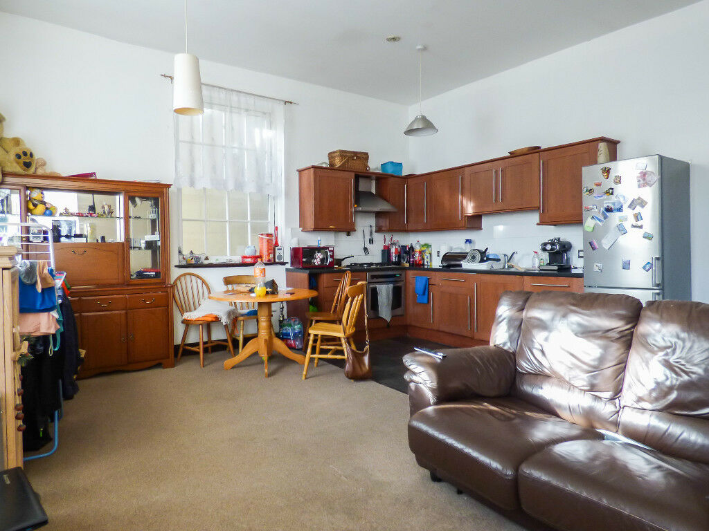 For Rivermill House Darnley Street Gravesend Large One Bedroom Apartment 145 000 In Kent Gumtree