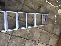 5 tread aluminium & tread stepladder