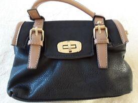 Ladies Leather handbag.