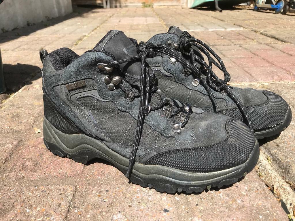 d0610251faa Mountain warehouse hiking walking boots waterproof size 8 | in Twickenham,  London | Gumtree