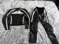 Hein gericke ladies motor bike leather jacket and trousers size 8 /10
