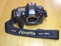 *REDUCED FOR QUICK SALE* Job lot inc Fujifilm FinePix S2 Pro body + various camera parts