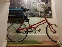 Ladies classic shopper bike