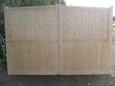 driveway gates 6 ft h x 7 ft  w mitre gates