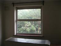 Double room in Isleworth, Summerwood