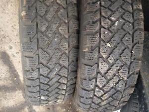 2 pneus 185/65r14 kelly