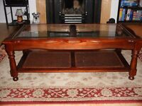 Beautiful Coffee Table For sale.