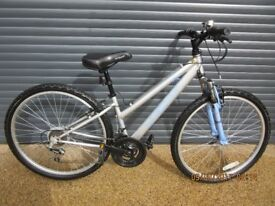GIRLS / SMALL LADIES APOLLO XC26. HYBRID BIKE IN EXCELLENT LITTLE USED CONDITION. (IDEAL PRESENT)..