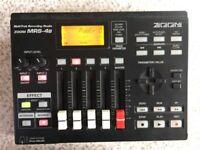 ZOOM MRS-4b Multi Track Recording Studio