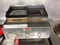 Tabletop 4 burner chargrill, natural gas, very good condition, used only for 1 month.
