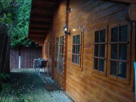 detached bungalow 1 bed flat inc. Council tax/Water/Broadband
