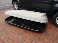 Large Halfords roof box