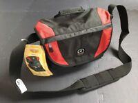 Tamrac Adventure 4 Messenger Camera Bag