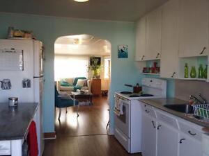 14-036 Spacious flat,  includes utilities Dartmouth.