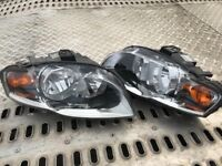 Pair of headlights Audi A4 B7 saloon 05-08
