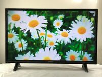 Hitachi 32 inch slim SMART TV HD LED Built in WIFI, DVD, Freeview, great condition