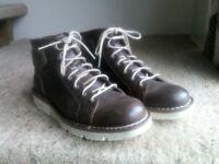 Timberland Chukka Boots Size 7 1/2 Brown