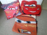 DISNEY CARS: 2 x Cushions & Blanket