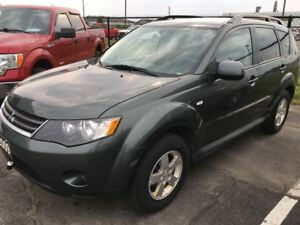 2009 Mitsubishi Outlander ES 4X4, One Owner!!