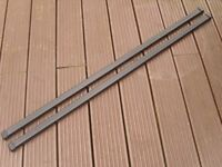 1 x Pair Thule 761 Roof Bars 120cm with End Caps