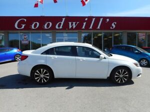 2012 Chrysler 200 S! HEATED LEATHER SEATS! NAVIGATION!