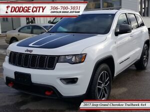 2017 Jeep Grand Cherokee Trailhawk   4x4 - Heated Leather, Uconn