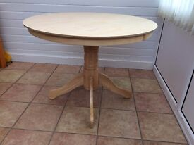 "1m/39"" inches diameter x 760mm high.brand new cond.in light wood.can seperate fortransporting"