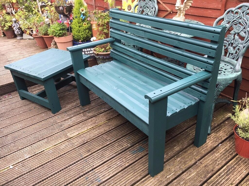 Garden 2 person chunky rustic style seat Bench and Table ...