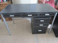 Desk with FREE lockable filing cabinet(with key) for a bargain price of £15