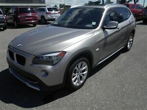 2012 BMW X1 Xdrive28i-Leather-Sunroof