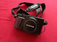 OLYMPUS XZ-2 LIKE NEW CONDITION f/1.8 aperture + SD 16GB SanDisk Ultra + Pouch