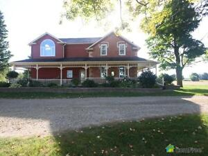 $1,900,000 - Acreage / Hobby Farm / Ranch for sale in Ethel Stratford Kitchener Area image 4