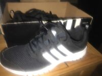 Men's size 10 trainers