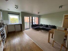 2 BEDROOM FIRST FLOOR APARTMENT -£1400