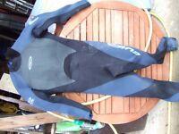 3 wetsuits Gul and Tiki