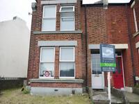 6 bedroom house in Hollingbury Road, Hollingbury