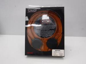 Maxwell Headphones. We sell used Headphones and Accessories. 100598 At84405