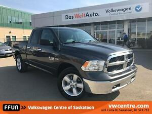 2016 RAM 1500 SLT WITH ONLY 47500 KM!!!
