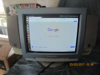 packard bell monitor + 3 keyboards and mice