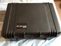 Peli Storm (Pelican) iM2600 case like new
