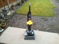 DYSON DC33 UPRIGHT HOOVER