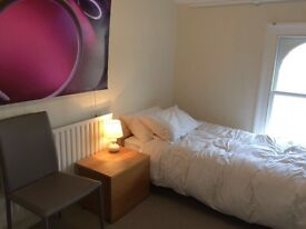 3 bedrooms to let in designer house 3min walk to Gravesend station