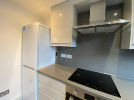 3 bedroom flat in St. Anthony's Close, London, E1W